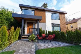 Main Photo: 3335 W 40TH Avenue in Vancouver: Dunbar 1/2 Duplex for sale (Vancouver West)  : MLS®# R2584158