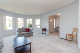 Photo 5: 1047 Adeline Pl in VICTORIA: SE Broadmead House for sale (Saanich East)  : MLS®# 791460