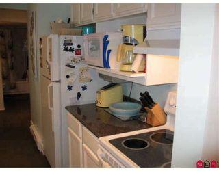 "Photo 6: 202 1467 MARTIN Street in White_Rock: White Rock Condo for sale in ""Searidge Court"" (South Surrey White Rock)  : MLS®# F2811495"