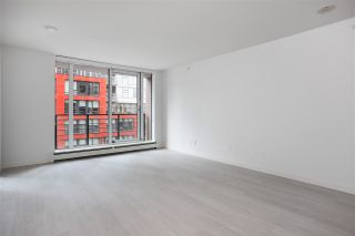 """Photo 4: 301 189 KEEFER Street in Vancouver: Downtown VE Condo for sale in """"Keefer Block"""" (Vancouver East)  : MLS®# R2532616"""