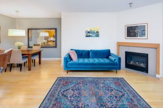 "Photo 4: 2575 EAST Mall in Vancouver: University VW Townhouse for sale in ""LOGAN LANE"" (Vancouver West)  : MLS®# R2302222"