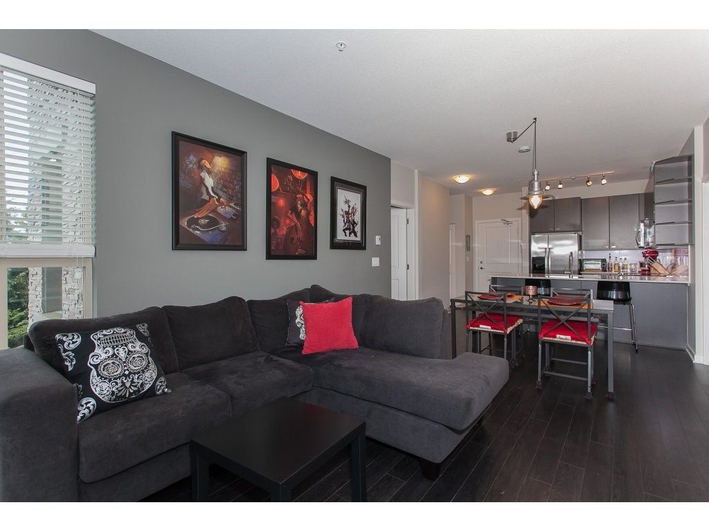 """Photo 5: Photos: 210 5655 210A Street in Langley: Salmon River Condo for sale in """"CORNERSTONE NORTH"""" : MLS®# R2152844"""
