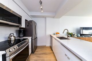 """Photo 15: 403 1288 ALBERNI Street in Vancouver: West End VW Condo for sale in """"THE PALISADES"""" (Vancouver West)  : MLS®# R2529157"""