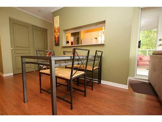 "Photo 9: 205 8420 JELLICOE Street in Vancouver: Fraserview VE Condo for sale in ""BOARDWALK"" (Vancouver East)  : MLS®# V1090998"