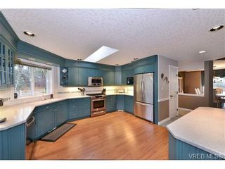 Photo 10: 2477 Prospector Way in VICTORIA: La Florence Lake House for sale (Langford)  : MLS®# 697143