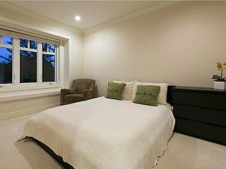 Photo 14: 3880 W 24TH Avenue in Vancouver: Dunbar House for sale (Vancouver West)  : MLS®# V1069858