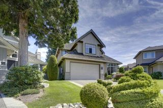 """Photo 1: 14391 17B Avenue in Surrey: Sunnyside Park Surrey House for sale in """"OCEAN BLUFF"""" (South Surrey White Rock)  : MLS®# R2389539"""