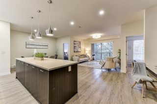 """Photo 4: B305 20087 68 Avenue in Langley: Willoughby Heights Condo for sale in """"PARK HILL"""" : MLS®# R2496599"""