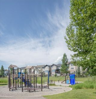 Photo 5: 135 SILVERADO Common SW in Calgary: Silverado Row/Townhouse for sale : MLS®# A1075373