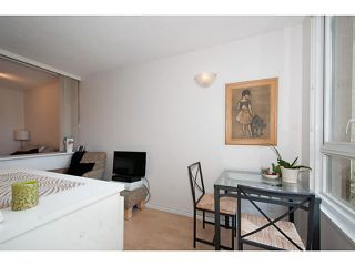 """Photo 7: 410 1188 RICHARDS Street in Vancouver: Yaletown Condo for sale in """"Park Plaza"""" (Vancouver West)  : MLS®# V1055368"""