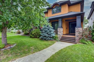 Main Photo: 2106 2 Avenue NW in Calgary: West Hillhurst Detached for sale : MLS®# A1132220