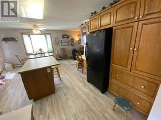 Photo 11: 408 Royal  Crescent N in Trochu: House for sale : MLS®# A1139955
