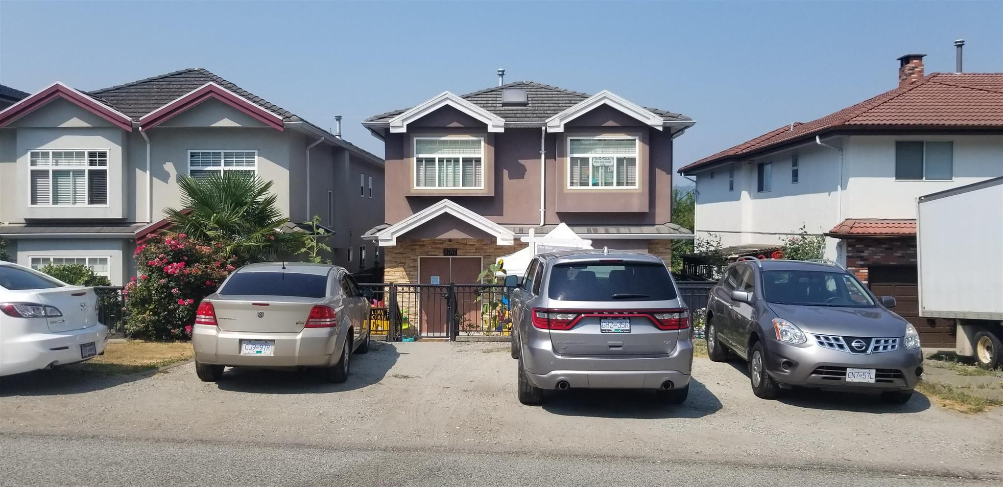 Photo 1: Photos: 3787 MANOR Street in Burnaby: Central BN House for sale (Burnaby North)  : MLS®# R2590116