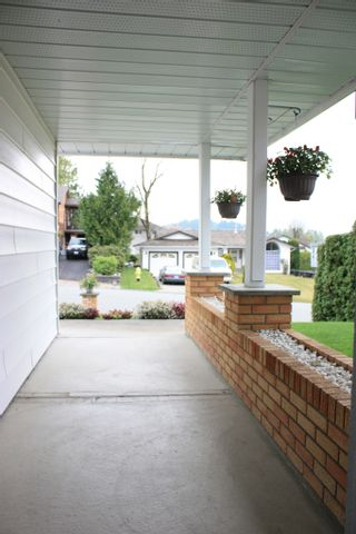 Photo 4: 8283 MAHONIA Street in Mission: Mission BC House for sale : MLS®# F1011331