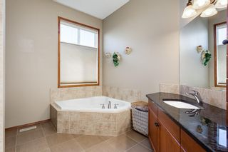 Photo 22: 825 FAIRWAYS Green NW: Airdrie Detached for sale : MLS®# C4301600