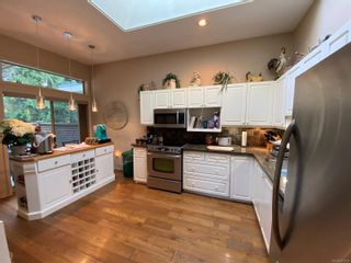 Photo 4: 924 St. Andrews Lane in : PQ French Creek Row/Townhouse for sale (Parksville/Qualicum)  : MLS®# 871233