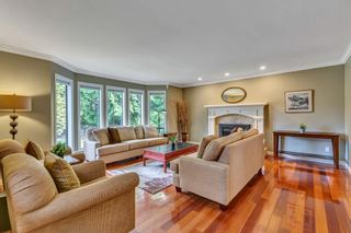 """Photo 12: 1929 AMBLE GREENE Drive in Surrey: Crescent Bch Ocean Pk. House for sale in """"Amble Greene"""" (South Surrey White Rock)  : MLS®# R2579982"""