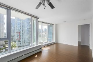 """Photo 6: 2007 188 KEEFER Place in Vancouver: Downtown VW Condo for sale in """"ESPANA 2"""" (Vancouver West)  : MLS®# R2389151"""