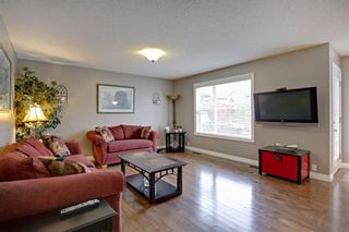 Photo 6: 100 Mt Selkirk Close SE in Calgary: McKenzie Lake Detached for sale : MLS®# A1063625