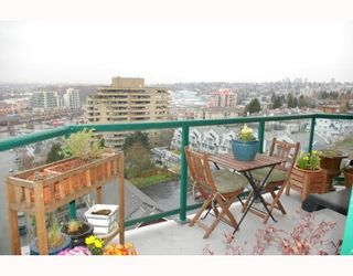 """Photo 9: 121 10TH Street in New Westminster: Uptown NW Condo for sale in """"Vista Royale"""" : MLS®# V639568"""
