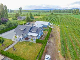 Photo 4: 32263 Harris Road in Abbotsford: House for sale : MLS®# R2385141