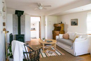 Photo 5: 5285 LITTLE Lane in Sechelt: Sechelt District House for sale (Sunshine Coast)  : MLS®# R2592580