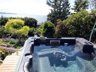 Photo 10: 15397 COLUMBIA Avenue: White Rock House for sale (South Surrey White Rock)  : MLS®# F1438055