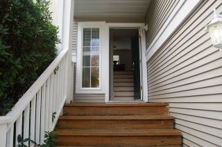 Photo 2: 6 8890 WALNUT GROVE DRIVE in Langley: Walnut Grove Townhouse for sale : MLS®# R2123245