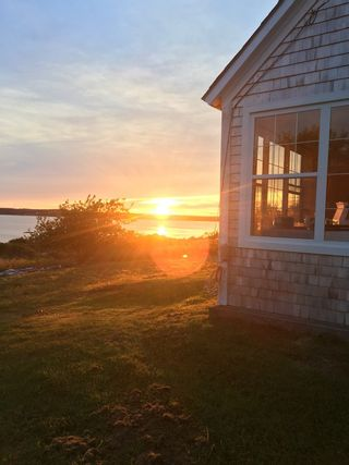 Photo 3: 834 Rockland Road in East Ragged Island: 407-Shelburne County Residential for sale (South Shore)  : MLS®# 202109040
