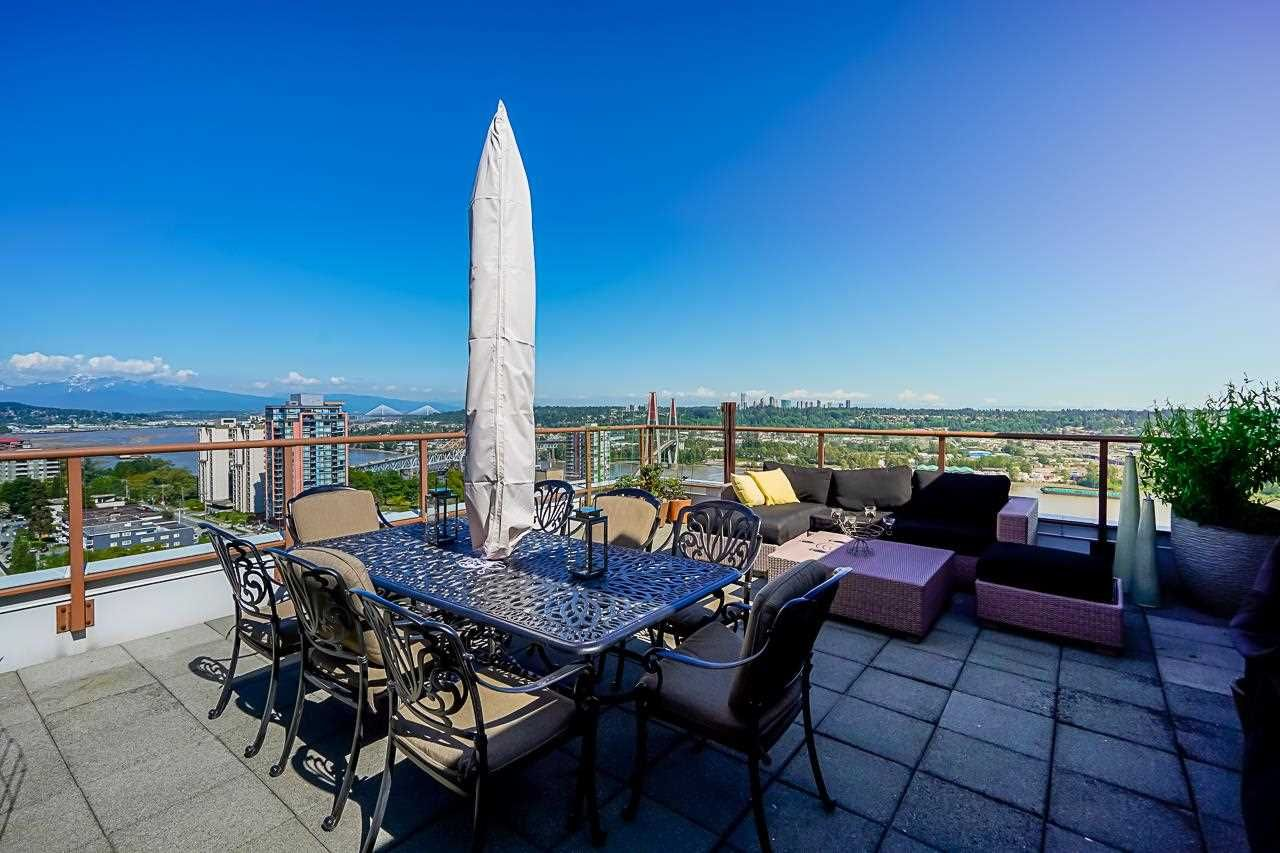"""Main Photo: 1702 320 ROYAL Avenue in New Westminster: Downtown NW Condo for sale in """"Peppertree"""" : MLS®# R2583293"""