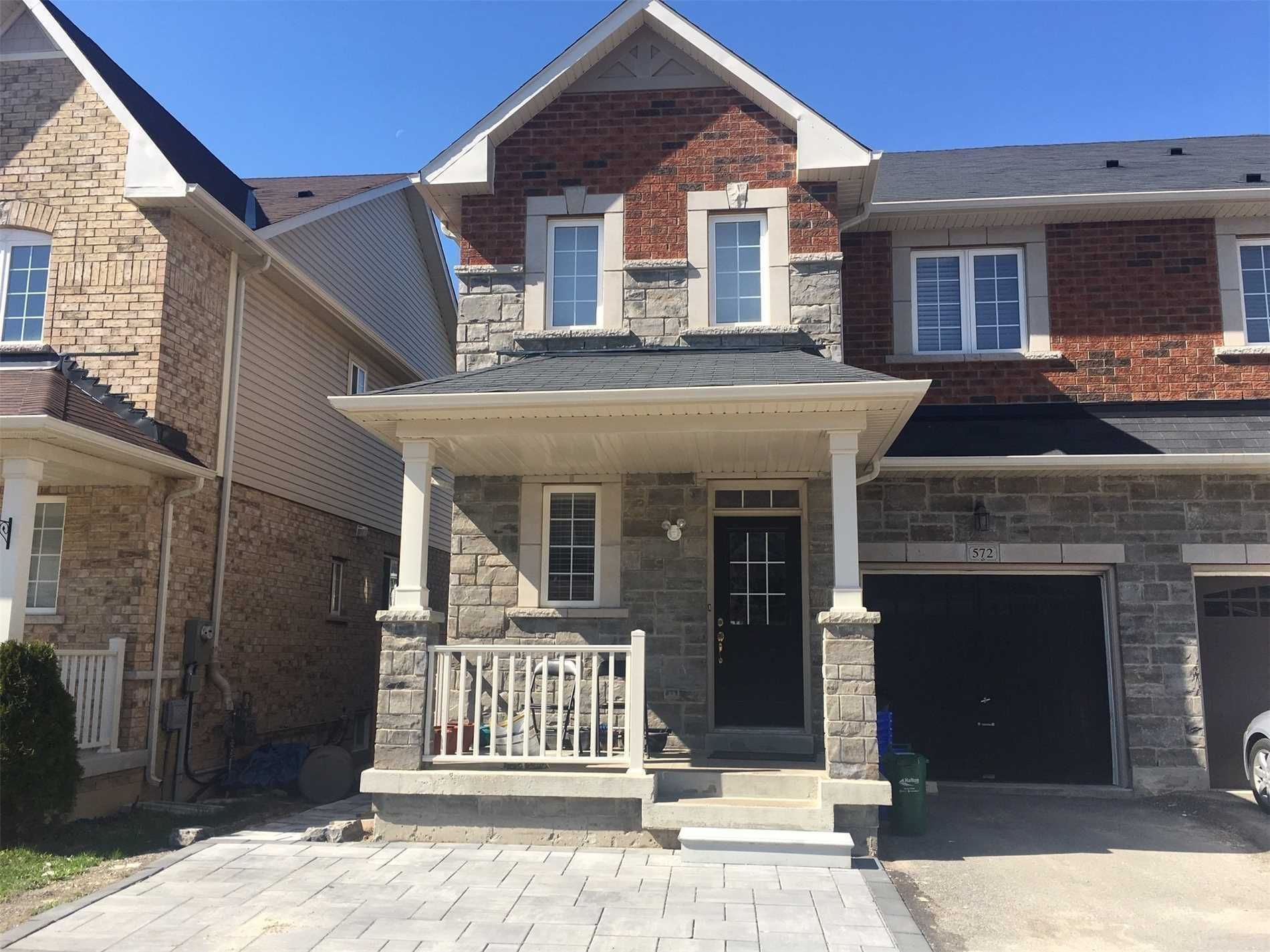 Main Photo: 572 Murray Meadows Place in Milton: Clarke House (2-Storey) for lease : MLS®# W5384534