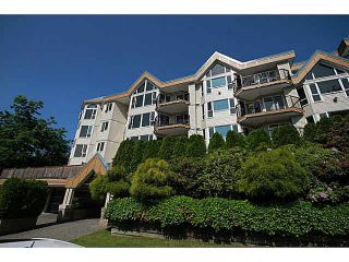 Photo 2: 207 11595 FRASER Street in Maple Ridge: East Central Condo for sale : MLS®# R2470598