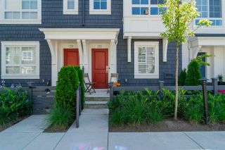 "Photo 1: 53 8476 207A Street in Langley: Willoughby Heights Townhouse for sale in ""YORK By Mosaic"" : MLS®# R2189656"