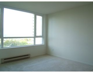 """Photo 8: 750 4825 HAZEL Street in Burnaby: Forest Glen BS Condo for sale in """"THE EVERGREEN"""" (Burnaby South)  : MLS®# V790420"""