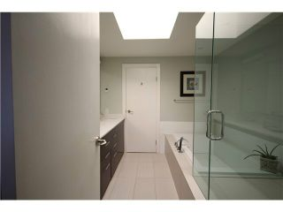 """Photo 13: 1337 W 8TH Avenue in Vancouver: Fairview VW Townhouse for sale in """"FAIRVIEW VILLAGE"""" (Vancouver West)  : MLS®# V1114051"""