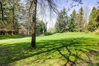 """Photo 18: 3947 PARKWAY Drive in Vancouver: Quilchena Townhouse for sale in """"ARBUTUS VILLAGE"""" (Vancouver West)  : MLS®# R2256144"""