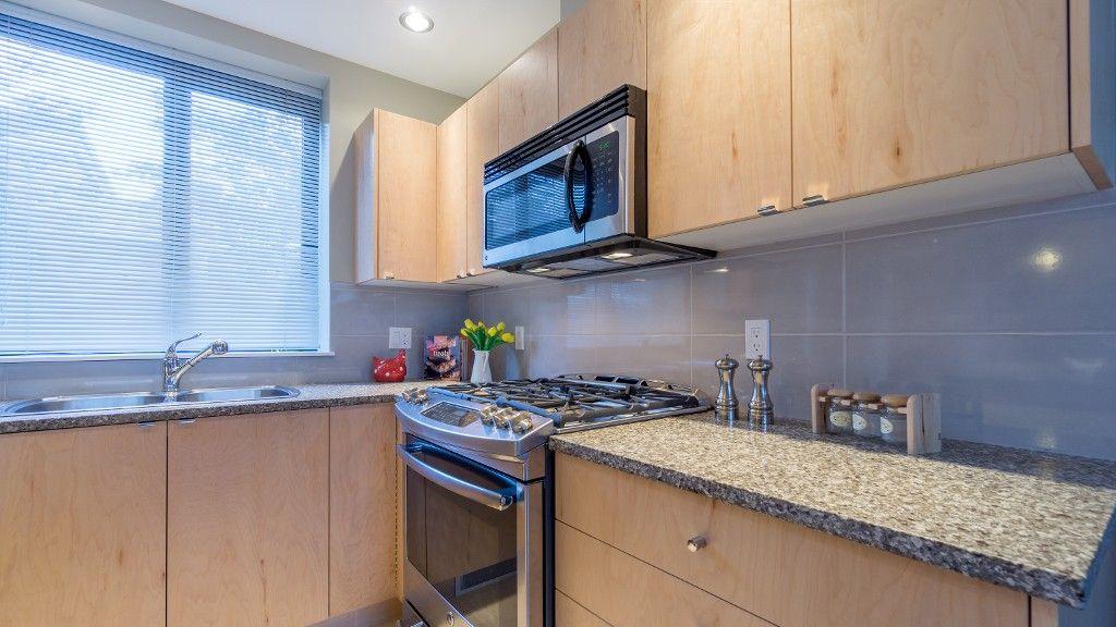 "Photo 17: Photos: 18 6233 KATSURA Street in Richmond: McLennan North Townhouse for sale in ""HAMPTONS PARK"" : MLS®# R2115758"
