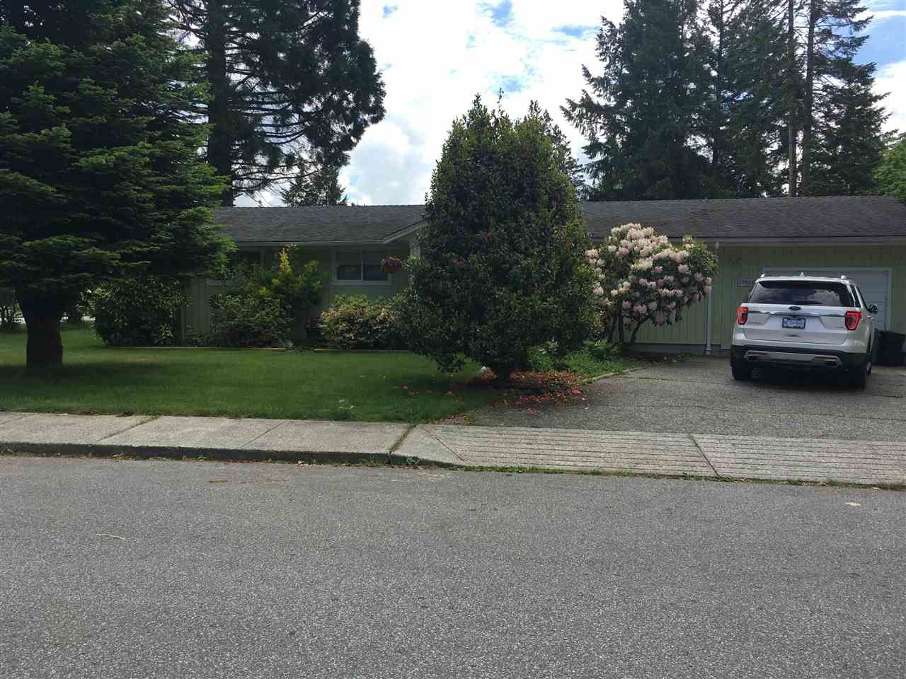 Main Photo: 20914 MCKINNEY Avenue in Maple Ridge: West Central House for sale : MLS®# R2585761