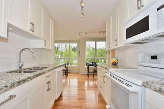"""Main Photo: 308 5760 HAMPTON Place in Vancouver: University VW Condo for sale in """"West Hampstead"""" (Vancouver West)  : MLS®# R2289405"""