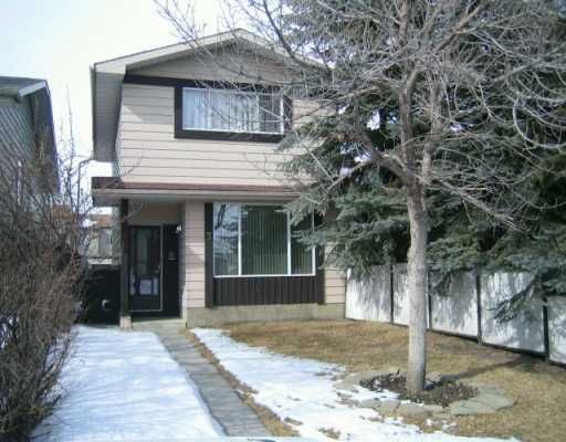 Main Photo:  in CALGARY: Beddington Residential Attached for sale (Calgary)  : MLS®# C3202899
