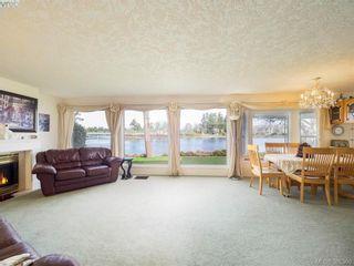 Photo 8: 916 Yarrow Pl in VICTORIA: Es Kinsmen Park House for sale (Esquimalt)  : MLS®# 780418