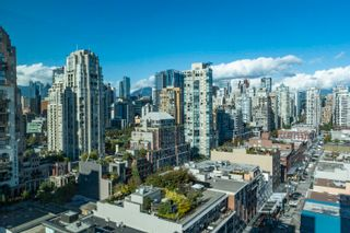 """Photo 26: 2205 388 DRAKE Street in Vancouver: Yaletown Condo for sale in """"Governor's Tower"""" (Vancouver West)  : MLS®# R2619698"""