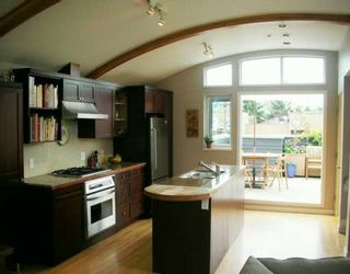 Photo 3: 1431 MAPLE ST in Vancouver: Kitsilano Townhouse for sale (Vancouver West)  : MLS®# V586615