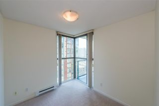 """Photo 7: 1405 928 RICHARDS Street in Vancouver: Yaletown Condo for sale in """"SAVOY"""" (Vancouver West)  : MLS®# R2107849"""