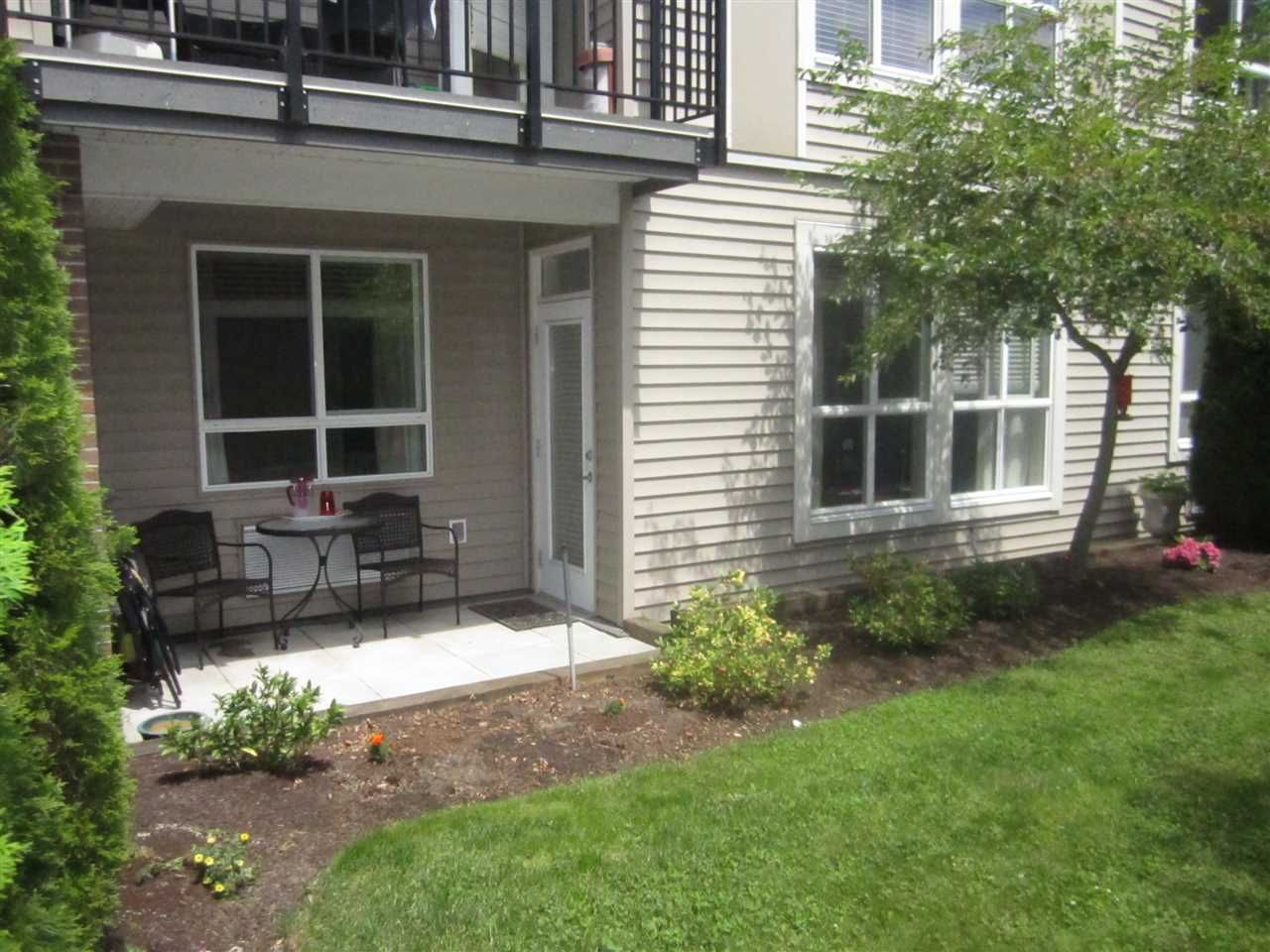 """Photo 13: Photos: 106 5430 201 Street in Langley: Langley City Condo for sale in """"The Sonnet"""" : MLS®# R2086075"""