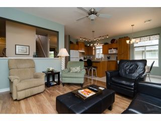 """Photo 9: 49 15188 62A Avenue in Surrey: Sullivan Station Townhouse for sale in """"Gillis Walk"""" : MLS®# F1413374"""
