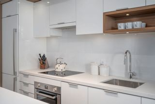"""Photo 14: 612 1661 QUEBEC Street in Vancouver: Mount Pleasant VE Condo for sale in """"Voda At The Creek"""" (Vancouver East)  : MLS®# R2612453"""