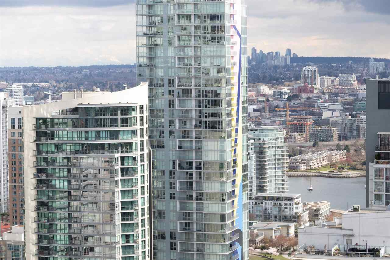 Photo 2: Photos: 4007 1480 HOWE STREET in Vancouver: Yaletown Condo for sale (Vancouver West)  : MLS®# R2486474