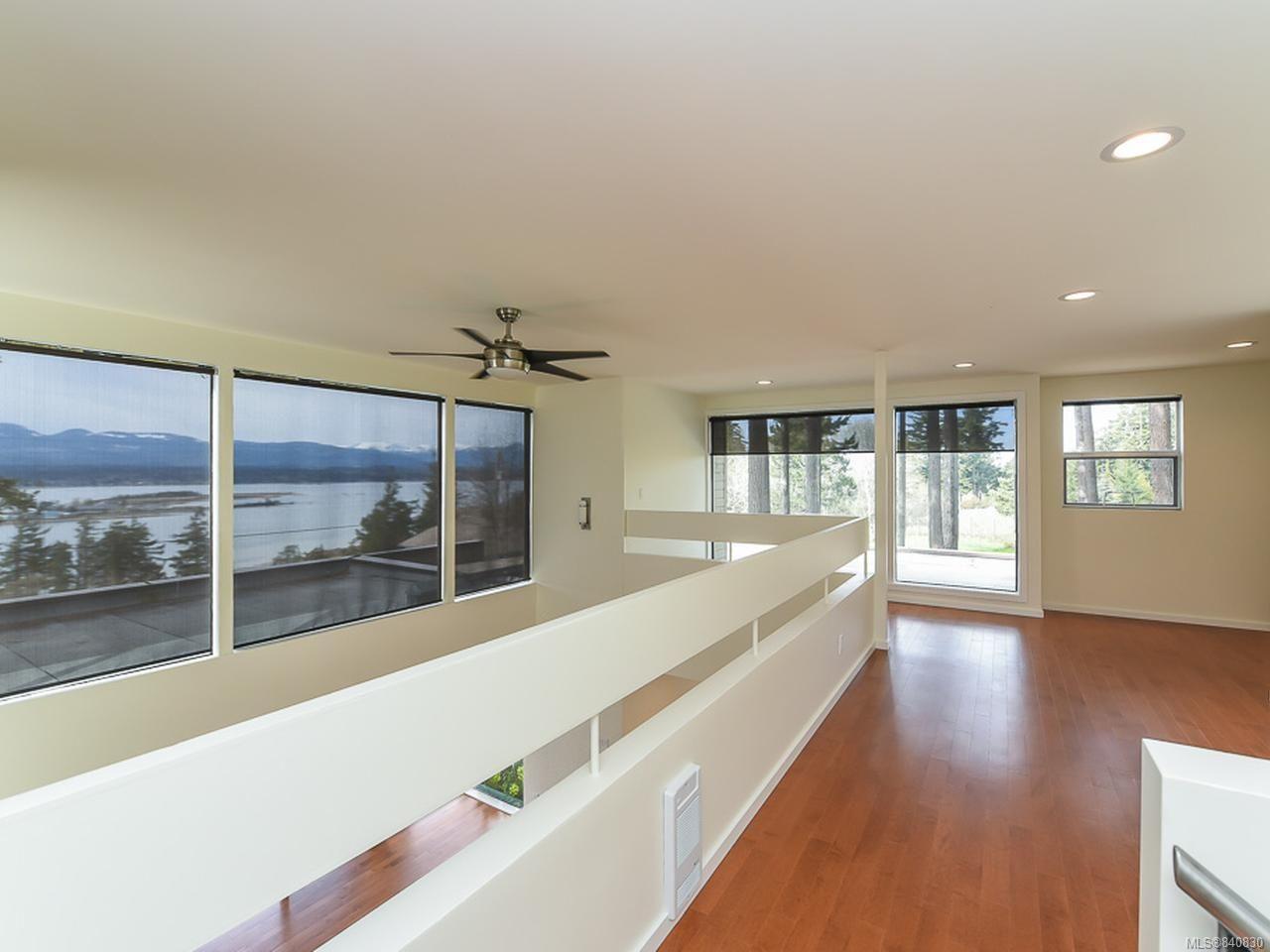 Photo 15: Photos: 1156 Moore Rd in COMOX: CV Comox Peninsula House for sale (Comox Valley)  : MLS®# 840830
