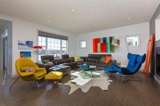 Main Photo: 25 COUGAR RIDGE Cove SW in Calgary: Cougar Ridge House for sale : MLS®# C4167700